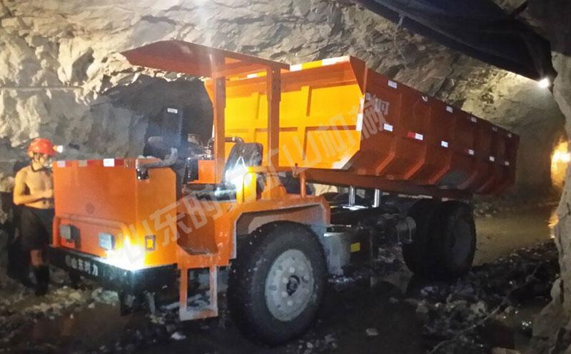 山西矿山井下运矿车现场使用案例