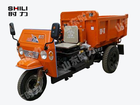 窄小型三轮车