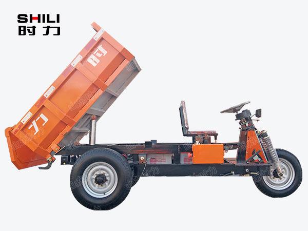 1吨矿用电动三轮车侧面图