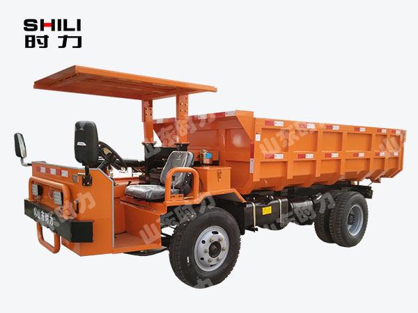 侧驾8吨矿用四不像车前侧面